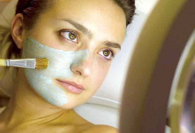 Антивікові маски для обличчя