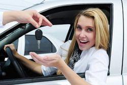 Авто для жінки: яке краще?