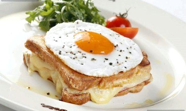 Білковий сніданок гарантує струнку фігуру