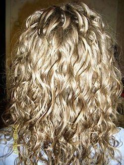 Біозавивка волосся