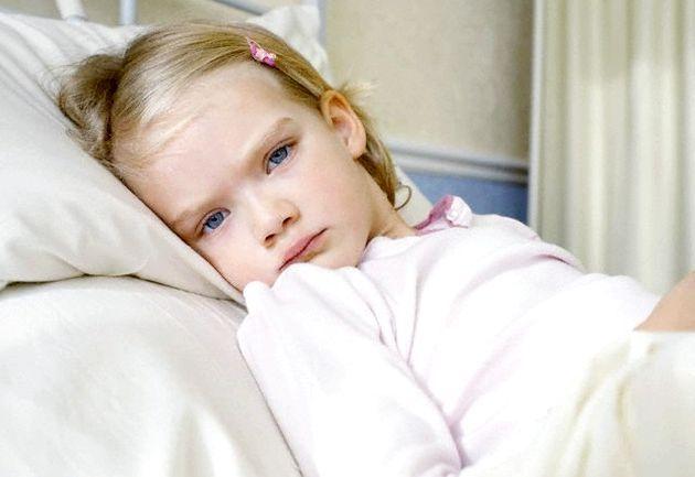 Хворіє одна дитина - лікувати треба всю сім'ю