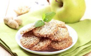 Печиво зі злаками та кунжутом
