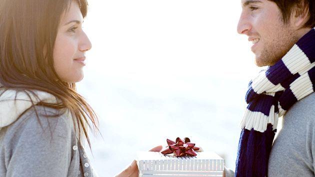 Що подарувати дівчині на 25-річчя