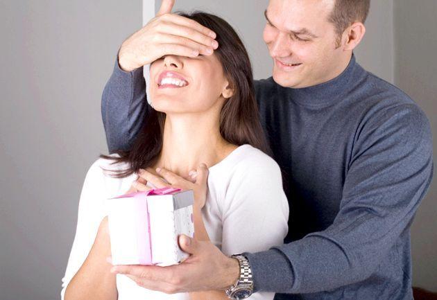Що подарувати дівчині на 30 років