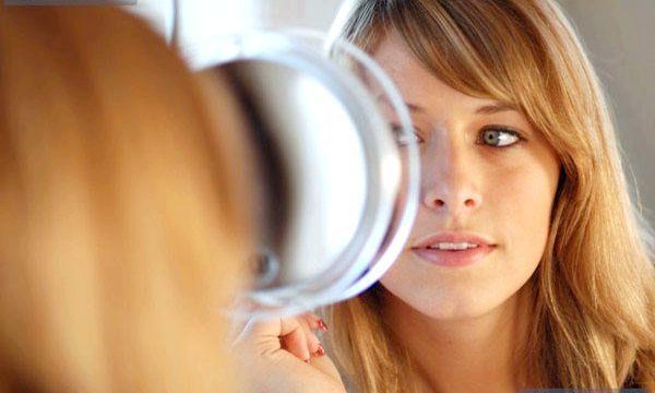 Cледует від прищів на обличчі: причини і лікування
