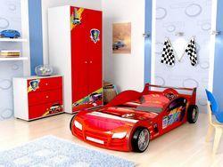 Дитяче ліжко-машинка