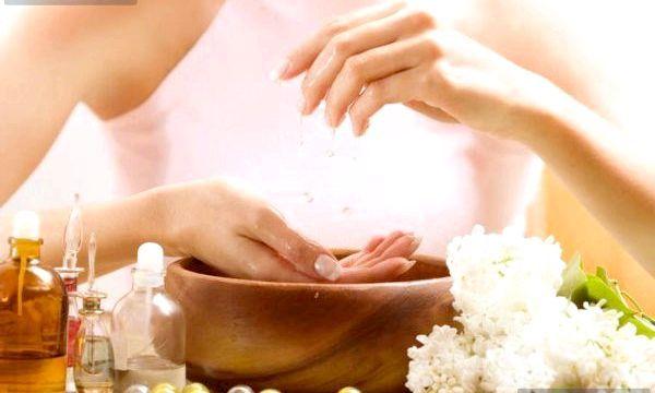 Домашня ванночка для нігтів (рецепти)
