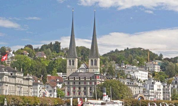 Церква Хофкирхе