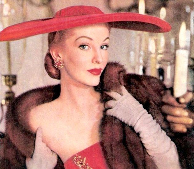 Історія моди на жіночі капелюхи - кілька фактів