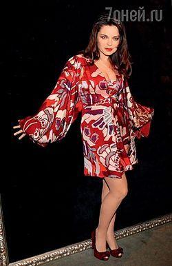 Як носити спідниці та сукні максі