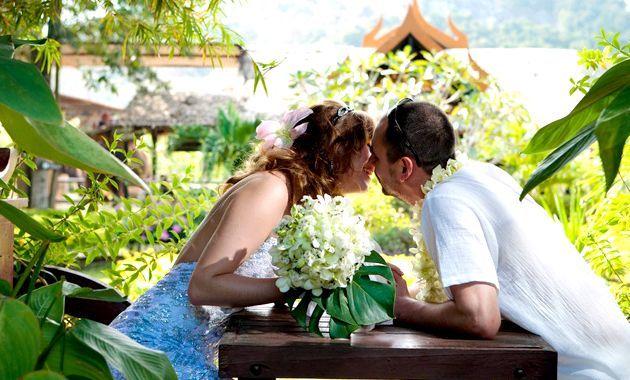 Екзотичні квіти на весіллі