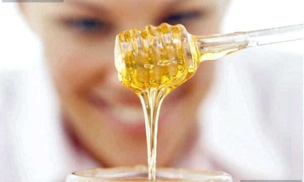 Як використовувати мед від прищів у вигляді масок?