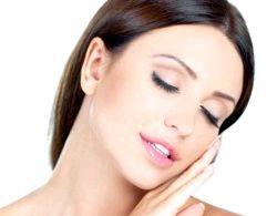 Як правильно доглядати за жирною шкірою обличчя?