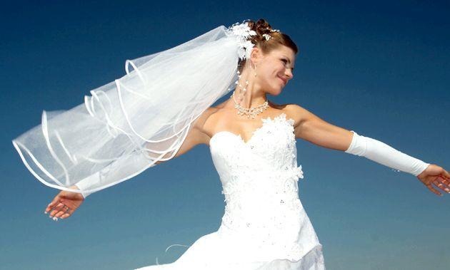 Як правильно вібрато фату для весілля
