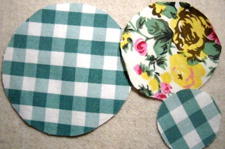 Як зробити листівку-квітка на 8 березня своїми руками