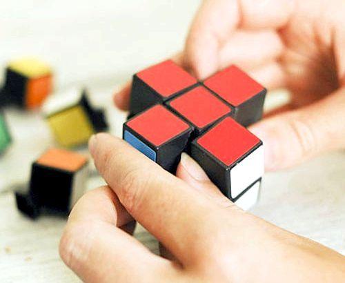 Як зібрати кубик рубика: схема і алгоритм збірки