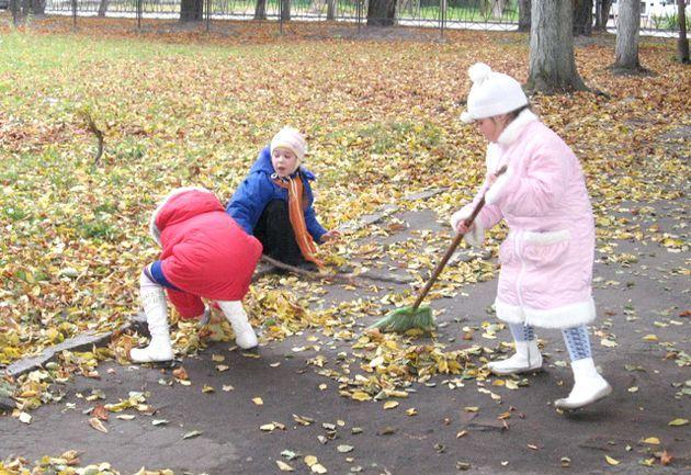 Як виховати помічника або прибирання в радість