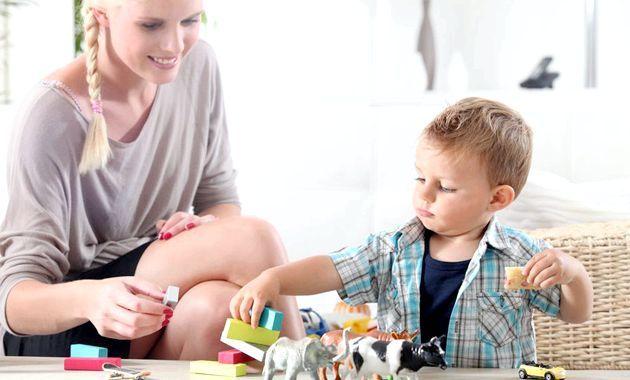 Як вибрати няню для дитини