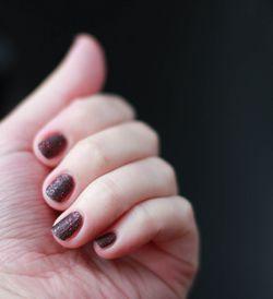 Який лак для нігтів краще?