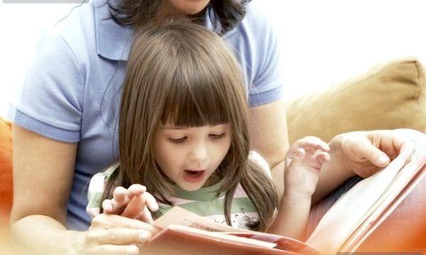 Коли починати навчати дитину іноземній мові?
