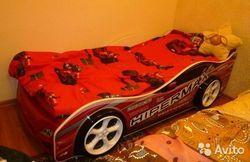 Ліжко-машина - найкращий подарунок для дитини