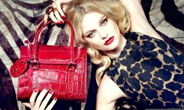 Лакові жіночі сумки: стильні моделі (фото)