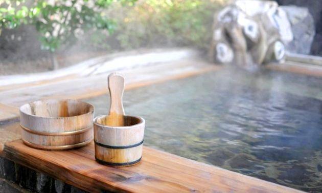 Лікувальні та косметичні ванни для жіночої краси та здоров'я