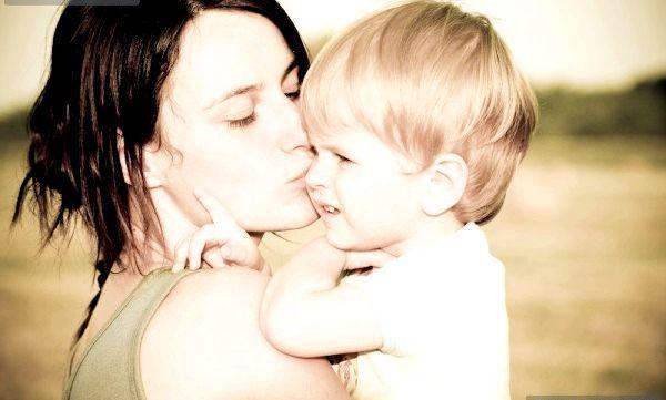 Любов до дитини приходить поступово