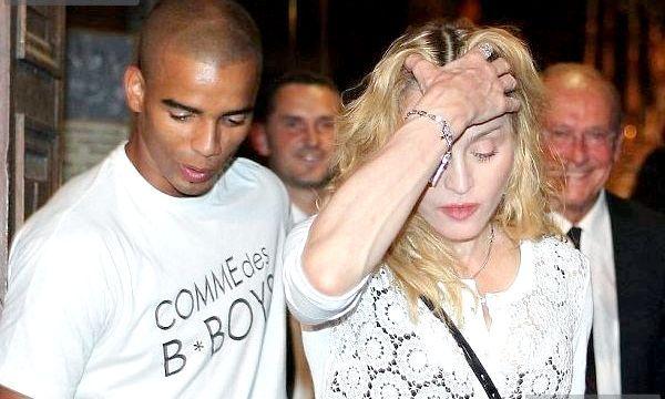 Мадонна одягла золоті накладки (фото)