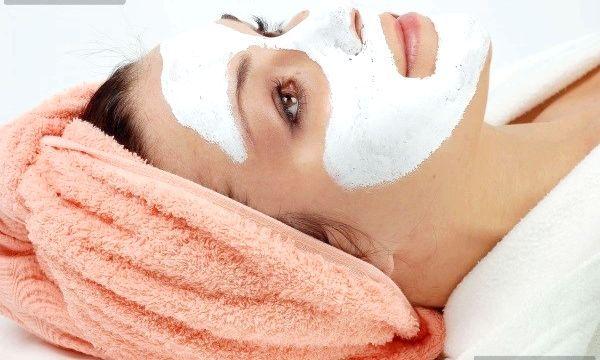 Рецепти масок для обличчя з сметани