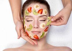 Маски для обличчя в домашніх умовах з фруктів і ягід