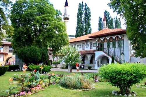 Палаци Криму