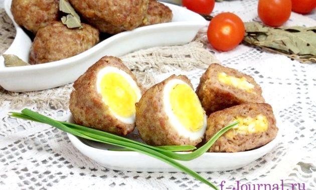 М'ясні зрази з яйцем