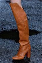 Модні жіночі чоботи осіннього сезону