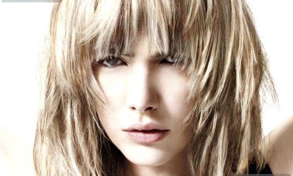 Модні стрижки на середні волосся (фото)