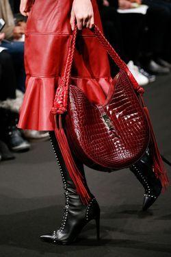 Модні сумкові бренди