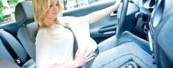 Чи можна вагітній жінці їздити за кермом?