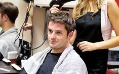 Про стрижках і зачісках. Запис на послугу +38 (096) 097 77 11