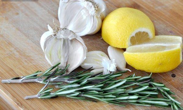Очищення судин лимоном і часником