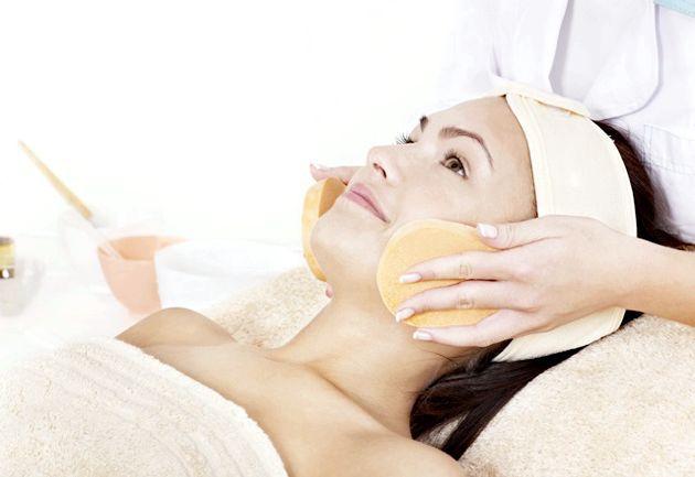Відлущування шкіри обличчя - поради для різних типів шкіри