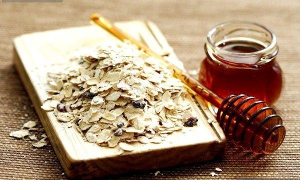 Вівсяна маска з медом (рецепти)