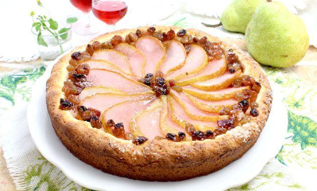 Пиріг на сирному тісті з грушами