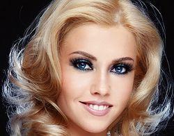 Відповідний макіяж для свтлих волосся