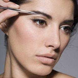 Професійна корекція брів: технологія та інші особливості