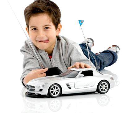 Радіокеровані іграшки для хлопчиків різного віку