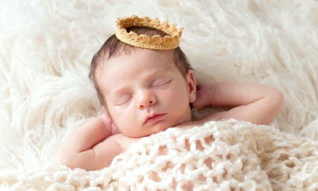 Розвиток дитини: шостий місяць життя