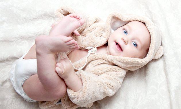 Розвиток дитини: третій місяць життя
