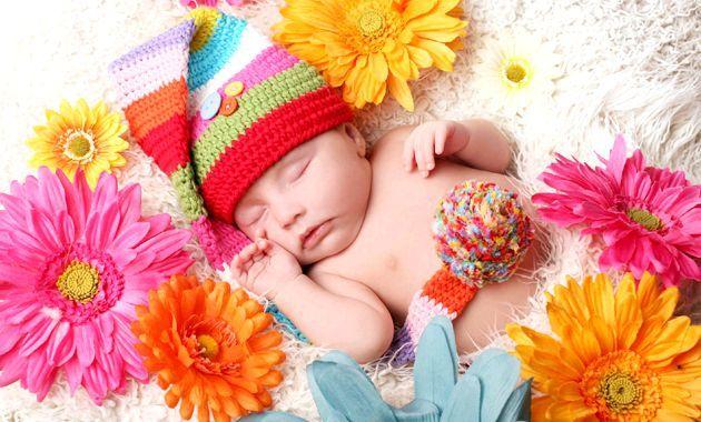 Розвиток дитини: другий місяць життя