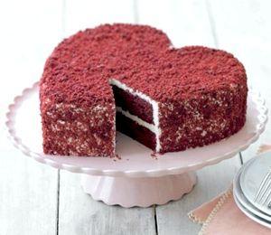 Рецепти на 14 лютого: торт у вигляді серця