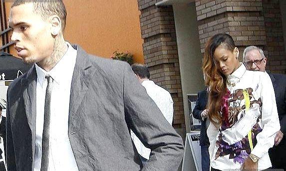 Ріанна прийшла в суд підтримати Брауна